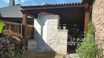 Natural stone walls in dallas